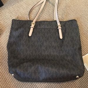 Michael Kors MK printed bag